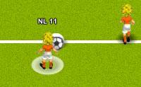 Escolhe a tua equipa e faz o teu melhor para ganhar o Euro 2012! Podes jogar as rondas oficiais, mas também uma ronda aleatória. Quando tiveres feito essas escolhas, o jogo começa: agora está a ficar excitante! O teu jogador está rodeado por um círculo branco: fica de olho nele e tenta roubar a bola ao teu oponente. Boa sorte!