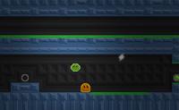 Dieses puddingartige Gespenst ist in einem Computerspiel voller Gefahren gefangen. Er will entkommen und hierfür braucht er deine Hilfe! Du beginnst in dem blauen Level und danach kannst du weiter zu den grünen, gelben und rote Levels. Erst wenn du alle Blitze hast, kannst du weiter in den nächsten Level. Pass auf die Flammen auf!