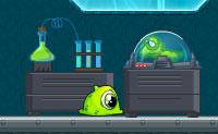Os alienígenas estão a fazer experiências com novas criaturas. Lentamente, um monstro verde transforma-se noutro tipo de criatura. Por isso, terás que cobrir um longo caminho cheio de perigos. Podes ajudá-lo? Pega nos orbs verdes e nas estrelas e tem cuidado os fios vivos e o limo verde fluorescente!