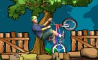 Pega na tua moto de crosse e faz o maior cavalinho possível! Assim que a roda da frente tocar no solo, o jogo acabou.