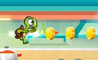 Uma pequena tartaruga foi colocada numa panela: uma cozinheira quer fazer uma sopa com ela. Deixa a tartaruga escapar antes que a água fique muito quente: isto só é possível uma vez que ela consiga velocidade suficiente! Então, o desafio começa: apanha o máximo de moedas possível e não caias entre dois armários!