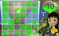 Tenta esvaziar todo o campo neste desafiante jogo com nada menos de 62 níveis. Clica nas gotas de líquido verde fazendo com que desapareçam através de uma reacção em cadeia.