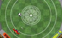O objectivo é chutar a bola na meta.