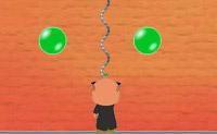 O princípio de Bubble Struggle é muito simples: tenta rebentar todas as bolhas. Isto parece simples, mas não é sempre tão simples: esta é a razão porque o jogo Bubble Struggle é tão desafiante. Podes colher todo o tipo de bónus neste divertido jogo. Barras de dinamite, por exemplo, que reduzem as bolhas ao máximo. Podes também colher vidas extras, e cristais de gelo que congelam todas as bolhas no jogo. Há dois diferentes escudos, também, que te protegem temporariamente. Os ícones com uma pequena bota aceleram as coisas temporariamente, e os ícones verdes com um M dentro atrasam as bolhas. A seta vermelha vale tempo extra. Depois, podes também usar armas especiais: arpões duplos, paus de gelo, flores e medalhas. Estas medalhas rebentam todas as bolhas de uma vez. Garante que não és tu próprio atingido pelas bolhas!