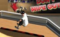 Vais fazer skate. Faz skate para baixo clicando com o rato e selecciona depois um salto. No ar fazes então os truques. Tenta alcançar uma boa pontuação!