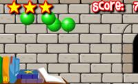 Use a sua magia para destruir estas bolas perigosas.