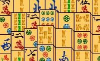 Esvazia o campo o mais rapidamente possível fazendo clique nas figuras iguais. Podes apenas seleccionar as figuras que estão na borda, ou mesmo no meio.
