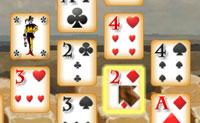 O objectivo deste solitário medieval é limpar todas as cartas da mesa. As cartas podem ser limpas se o seu valor facial for idêntico ou adjacente. Se há apenas uma carta na coluna, podes movê-la. Selecciona tantas cartas quanto possível numa série.