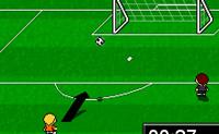 Neste jogo tens um minuto para marcar tantos golos quantos consigas. Mas claro, isto parece mais fácil do que é: para marcar um golo tens de atingir a barra vermelha na baliza. Assim, aponta cuidadosamente e faz a melhor pontuação. Boa sorte!
