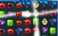 Joga este jogo de Bejeweled com montes de diamantes, rubis, safiras e todo o tipo de gemas. Tenta combinar 3 gemas ou mais da mesma cor numa fila. Desta forma ganhas pontos e pinos. Tenta ganhar todos e obtém uma pontuação super alta!