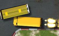 Corrida de autocarros da escola